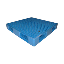 6runners Full Perimeter Stackable Blue Plastic Chep Pallets
