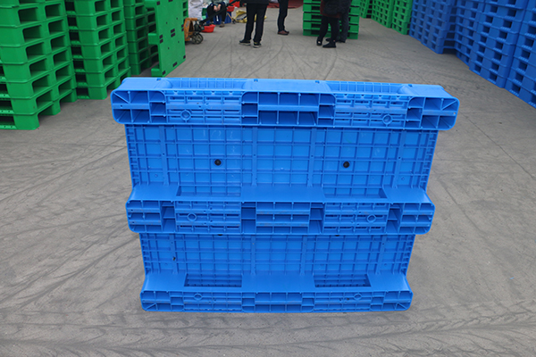 Four major benefits of European standards for plastic pallets